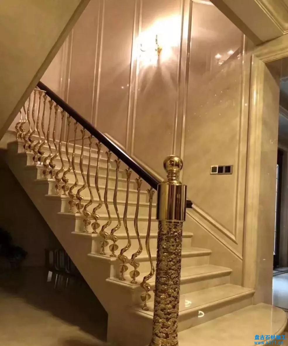 关于楼梯大理石侧墙板造型方案的基本画法